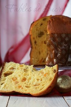 Panettone classico di Giorilli | Fables de Sucre Italian Desserts, Italian Recipes, Italian Panettone, Best Banana Bread, Pan Dulce, Colorful Cakes, Sweet Cakes, Holiday Desserts, International Recipes
