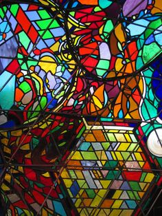 """Stunning Colors Glow Inside 7-Foot Stained Glass Dome called """"Wholeo Dome"""" by Carol Geary, aka Caroling - My Modern Metropolis"""