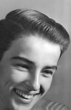 A young Montgomery Clift photographed by Alfredo Valente, c. 1944.