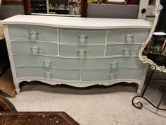Rescue. Restore. Redecorate. Amy Howard finish