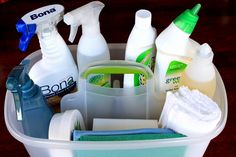 8 Simple Ways to Keep Your Bathroom Clean - 101 Days of Organization Cleaning Caddy, Cleaning Items, Cleaning Hacks, Cleaning Supplies, Household Organization, Organization Hacks, Organizing Tips, Grease Cleaner, Cleaners Homemade