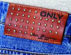 etiqueta de cintura para jeans Only. Leather Label, Garra, Denim Branding, Hang Tags, Patches, Mens Fashion, Stickers, Metals, Leather