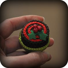 Ravelry: Christmas Petit Four pattern by Grietje karwietje Crochet Amigurumi, Crochet Food, Amigurumi Patterns, Crochet For Kids, Diy Crochet, Crochet Ideas, Knitting Patterns, Christmas Gifts To Make, Biscuits
