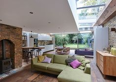Ultra-Modern Cabin Blends Rustic Warmth With Modern Minimalism Modern extension of semi detached house in North London Terraced House, Victorian Terrace, Victorian Homes, Terrace Design, Mediterranean Homes, Cabin Design, House Extensions, Open Plan Living, Small Terrace