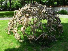 The Devil's Playground: A Human Skeleton Jungle Gym | Geekologie