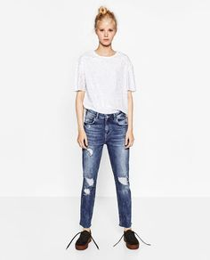 Image 1 of SLOUCHY RIPPED JEANS from Zara