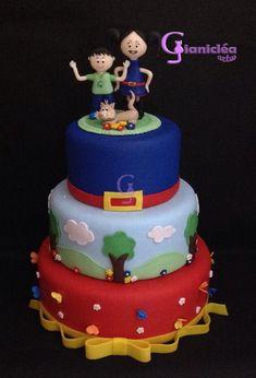 bolo em biscuit, acompanha o topo. Bolo Fack, Maria Clara, Birthday Cake, Birthday Parties, Mini Cakes, Themed Cakes, Kids And Parenting, Princess Peach, Alice