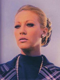 Zoi Laskari Greek, Cinema, Beautiful Women, Pendant Necklace, Stars, Movies, Artists, Fashion, Moda