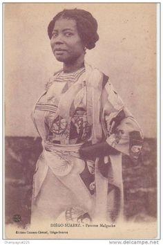 CPA MADAGASCAR Diégo Suarez Femme Malgache Coiffure Costume