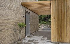 Wood Garage Doors, Garage Shed, Garage Door Design, Car Garage, Carport Plans, Garage Door Makeover, Carport Designs, Roller Doors, Porch Area