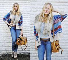 sweater. i die. <3