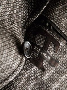 Tagliatore giacche sartoriali a Torino