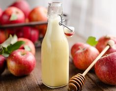 Light Apple Cider Vinaigrette is an easy and healthy homemade salad dressing recipe with the perfect balance of sweet and tangy flavors! Salad Dressing Recipes, Salad Recipes, Vinaigrette, Apple Cider Vinegar Coleslaw, Healthy Salads, Healthy Recipes, Healthy Food, Healthy Eating, Pulled Pork