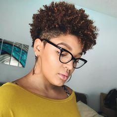 Natural Hair Pixie Cut, Natural Short Cuts, Natural Hair Puff, Tapered Natural Hair, Natural Hair Care Tips, Natural Hair Styles For Black Women, Natural Styles, Great Hairstyles, Natural Hairstyles