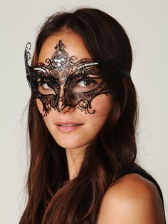 This mask is beautiful ~ masquarade party