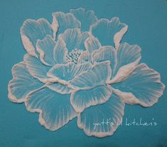 royal icing - brush embroidery by yatt's lil kitchen, via Flickr