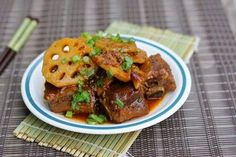 Braised Pork with Lotus Roots and Black Sauce