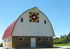 Barns with Quilt Blocks