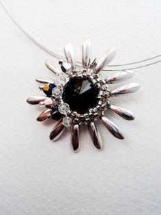 Silver flower Necklace Swarovski and Glass by Wandajewellery