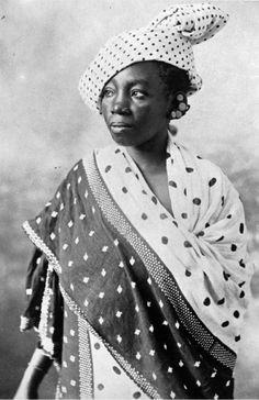 Africa   Zanzibar woman.  ca. 1890.     Vintage print; Coutinho Brothers