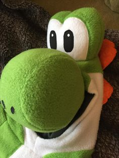 Yoshi Costume {Brindille and Twig Scuba Hoodie} #sewing #crafts #handmade #quilting #fabric #vintage #DIY #craft #knitting