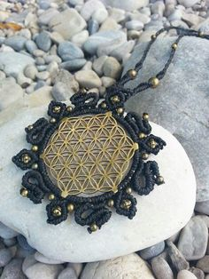 Flower of life macrame necklace