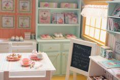 Sweet Macaron - Patisserie Doll Diorama - OOAK  Blythe/Pullip/Pukifee/Lati/Yosd/BJD/Dal