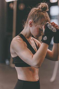 #poschstyle #sportswear #fitness #workout #boxing #sport #bodyFitness, boxing, sportswear, sport, body, workout, POSCHSTYLE Body Fitness, Sport Fitness, Boxing Fitness, Health Fitness, Physical Fitness, Training Fitness, Cardio Boxing, Mma Training, Health Exercise