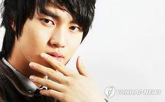Lee Min Ho casted in Rooftop Prince Jung Il Woo, Song Joong Ki, Flower Boys, Korean Dramas, Asian Actors, Lee Min Ho, Minho, Kimchi, Rooftop