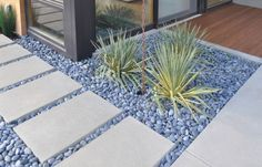 http://bookerboy.hubpages.com/hub/Garden-Paving-Ideas