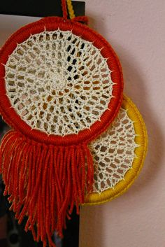 Love this!  Sans Limites Crochet: Dreamcatcher DIY