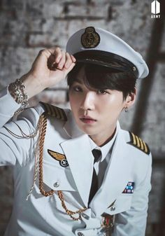 Find images and videos about kpop, bts and jungkook on We Heart It - the app to get lost in what you love. Bts Suga, Kim Namjoon, Min Yoongi Bts, Bts Bangtan Boy, Jhope, Jung So Min, Taehyung, Daegu, Foto Bts