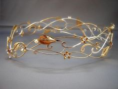 Love this golden flower and leaves circlet!