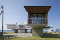 Arquitectos: Ken Yokogawa Architect & Associates  Proyecto: Sakurai House  Ubicación: Tateyama, Chiba Prefecture, Japón