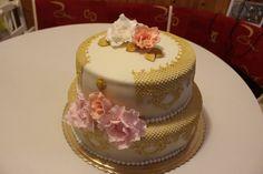 Narodeninová zlatá Cakes, Desserts, Food, Meal, Deserts, Essen, Hoods, Pastries, Dessert