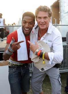"""""""The Hoff and the kid Cudi! First time meeting and now fan of his music! American Rappers, American Actors, Coachella Celebrities, Wish You Happy Birthday, Kids Falling, Coachella 2014, Fall Flats, Music Station, Kid Cudi"""