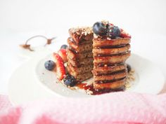 Quinoa lívance - My Cooking Diary Granola, Quinoa, Sushi, Cooking, Breakfast, Recipes, Yum Yum, Food, Kitchen