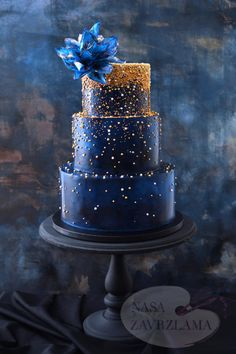 Dark Blue And Gold Sparkle Cake by Nasa Mala Zavrzlama - http://cakesdecor.com/cakes/287074-dark-blue-and-gold-sparkle-cake