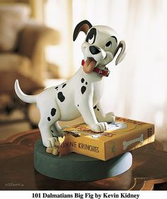 *101 DALMATIANS ~ Puppy Big Figure    Like and repin please :) Reminds me of my Dal Moo<3