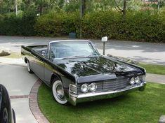1965 Lincoln Continental #Lincoln #Continental #Rvinyl  =========================== http://www.rvinyl.com/Lincoln-Accessories.html
