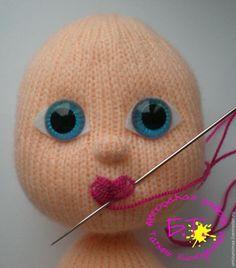 Amigurumi Oyuncak Dudak Yapımı 1 See other ideas and pictures from the category menu…. Amigurumi Toys, Amigurumi Patterns, Doll Patterns, Crochet Doll Pattern, Crochet Motif, Knitted Dolls, Crochet Dolls, Crochet Eyes, Amigurumi Tutorial