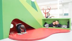 Rosan Bosch Studio designed a creative learning environment for the preschool Liceo Europa located in Zaragoza, Spain. The learning environment for the preschool Liceo Europa …