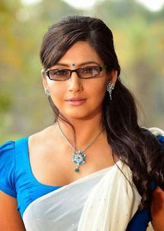 Get Actress Ragini Dwivedi Hot Photos and Sexy Bikini Images Gallery Showing her Bra Cleavage in Saree Pictures or Latest HQ Pics or HD Wallpapers. Arabian Beauty Women, Dehati Girl Photo, Indian Bikini, Bollywood Actress Hot, Bikini Pictures, Bikini Pics, Hot Bikini, Beautiful Girl Image, Beauty Full Girl