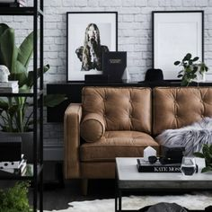 Leather crush - urban living. Styling Corina Koch #inspiration #houzoslo