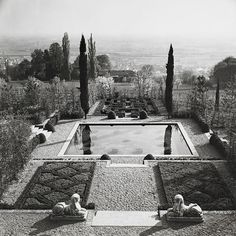 Russell Page's Brilliant Gardens Come to Life in a New Exhibition Photos | Architectural Digest