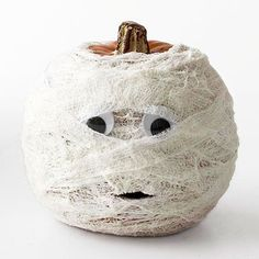 No-Carve Pumpkin Ideas. This is great because you can use the pumpkins into thanksgiving