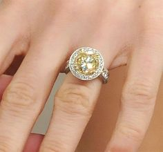 Carrie Underwood--celebrity diamond engagement rings CANARY YELLOW