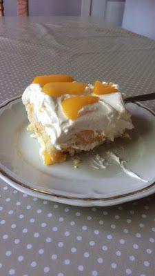 ΜΑΓΕΙΡΙΚΗ ΚΑΙ ΣΥΝΤΑΓΕΣ 2: Δροσερό γλυκό ψυγείου με σαβαγιάρ !!! Greek Desserts, No Bake Desserts, Baking, Breakfast, Recipes, Food, Cakes, Morning Coffee, Cake Makers
