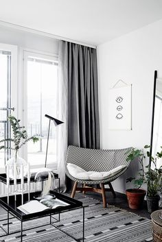 A beautiful and smart tiny one room flat in Finland - Home: Interior Design - One Room Flat, Living Room Grey, Home And Living, Living Room Decor, Modern Living, Cozy Living, Small Living, Living Rooms, Decoration Inspiration