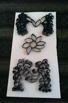 Happy mothers day quilling 'mom' sign $30